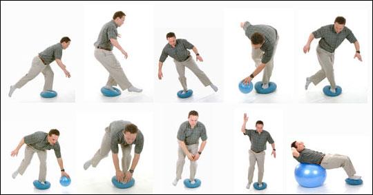 バランスディスクを使用したオススメの体幹トレーニングの方法   体幹トレーニング方法NAVI