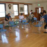 自宅で簡単ストレッチとトレーニング!ベットや椅子で簡単にできるトレーニング決定版