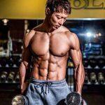 メンズフィジークチャンプ佐藤正吾の筋肉を作るトレーニング方法とは?肩のトレーニングバリエーションが多い!
