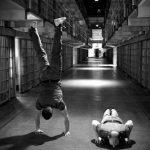 """狭い空間で行う""""囚人コンディショニング""""をご存知ですか?自重トレーニングの完成形なんです!!"""